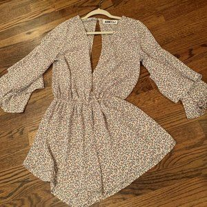 Sexy Flowy Romper - V-front/back